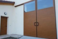 porta-e-portone-scorrevole-in-alluminio-tinta-legno